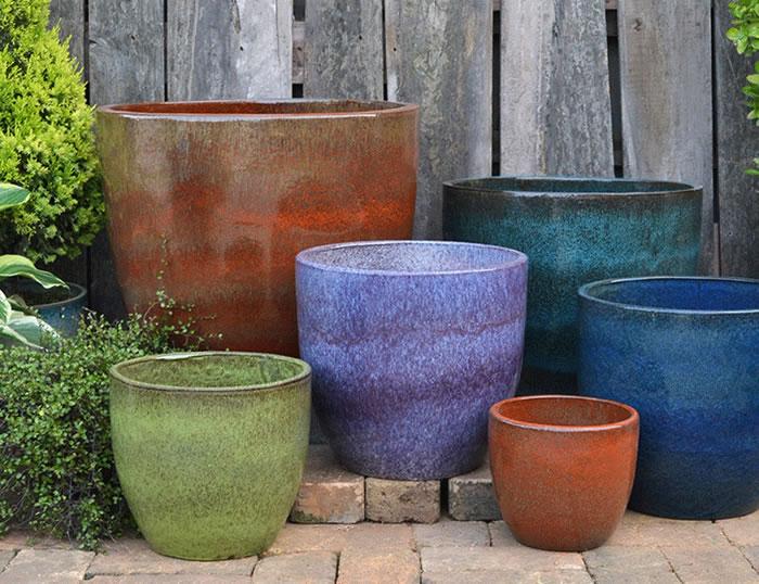 Glazed egg pots